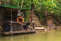Provincia di Krabi, Tailandia Stazione di kayak Giungla della mangrovia Immagini Stock Libere da Diritti