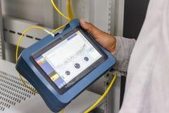 Provning för optisk kabel för fiber Arkivfoto