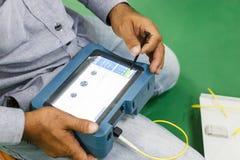 Provning för optisk kabel för fiber Arkivbilder