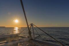 Prow catamaran z zmierzchem Fotografia Stock