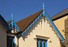 Proyecciones adornadas del tejado Foto de archivo libre de regalías