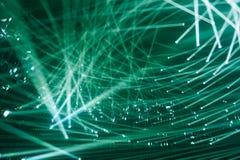 Proyectores modernos rayos de color verde del fondo de la luz fotografía de archivo