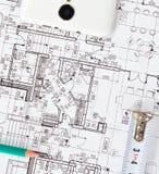 Proyectos que dibujan en el papel Imagen de archivo libre de regalías