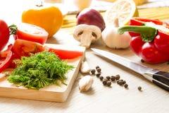 Prozess des Kochens in der Küche Lizenzfreies Stockbild