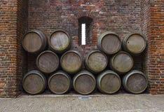 Prthole e tambores da parede do castelo Fotos de Stock Royalty Free