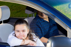 Prática das artes marciais de Drives Daughter To do pai Imagem de Stock