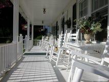 Pórtico-Color blanco clásico del frente del tablón Imagen de archivo libre de regalías