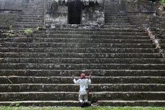 Prêtre de Maya Photographie stock libre de droits