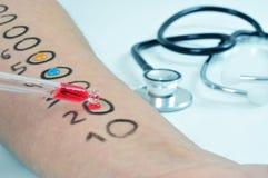 Prueba de la alergia de la piel Fotografía de archivo libre de regalías