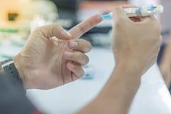 Prueba de la diabetes fotos de archivo libres de regalías