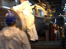 Prueba de las radiografías de la junta soldada con autógena Radiografía de la soldadura Preparación y montaje del gaseoducto suba almacen de metraje de vídeo