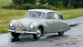 Prueba de velocidad de Tatra 67 - Tatraplan - Foto de archivo