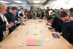 Prueba del ipad 2 de Apple Fotografía de archivo libre de regalías