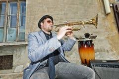 Prueba del músico de los azules la trompeta Fotografía de archivo libre de regalías