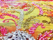 Prydd med pärlor Bollywood stil Royaltyfri Bild
