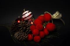 prydnadar för handbell för jul för bollaskfilial _ toys Santa Claus; Stearinljus; Gåvor; Royaltyfria Foton