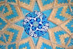 prydnadar för moské för bakgrundsiran isfahan jame belade med tegel orientaliska Royaltyfri Fotografi