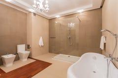 Prysznic na ścianie obrazy royalty free