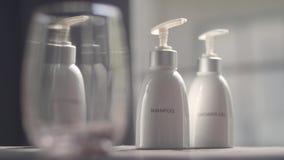 Prysznic szampon i gel zbiory wideo