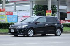 Prywatny samochód Toyota Yaris Zdjęcia Royalty Free