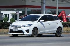 Prywatny samochód, Toyota Yaris Zdjęcia Stock