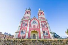 Przód kościół świętego Peter reklamy vincula w Cantabria obraz stock