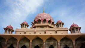 Przód Putrajaya meczet, Malezja Fotografia Royalty Free