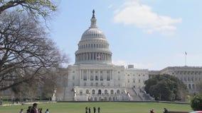 Przód USA Capitol budynek w washington dc w wiośnie zdjęcie wideo