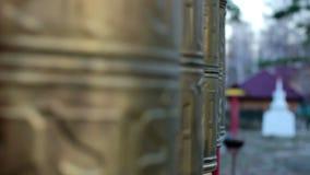 Przędzalniany modlitewny toczy wewnątrz Buddyjskiego monaster zdjęcie wideo