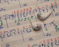 Prześcieradło muzyka z słuchawkami obraz royalty free
