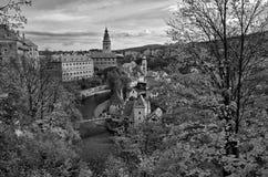 Prześwietny pejzaż miejski Cesky Krumlov podczas jesień sezonu Fotografia Stock