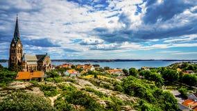 Prześwietny widok od wysokiego punktu na wyspie jeden meny, Szwecja fotografia stock