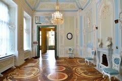 Przebieralni wnętrze imperatorowa Maria Fyodorovna w dziąsłach Zdjęcia Stock