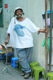 Przechodnia mężczyzna w Ho Chi Minh mieście Obraz Stock