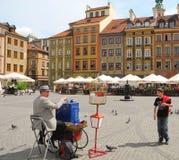 przeciw bożych narodzeń targowemu syrenki kwadrata symbolu drzewu Warsaw Zdjęcia Stock