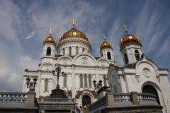 przeciw Christ katedralnemu wybawicielowi Moscow Zdjęcie Stock