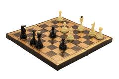 przeciw wszystkie czarny deskowym szachowym postaciom pawn biel Zdjęcia Royalty Free