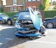 Przeciwawaryjna wypadek samochodowy scena Zdjęcie Royalty Free