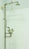 Przeciwawaryjna Zbawcza prysznic Obrazy Royalty Free