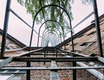 Przeciwawaryjny schody dla ewakuaci mieszkanie dom Obrazy Royalty Free