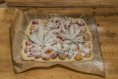 Przed piec marihuany moreli tort Zdjęcia Stock