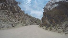 Przedni patrzeć widok samochodowy jeżdżenie zbiory wideo