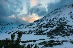 Przedni Staw, lac en hiver photo libre de droits