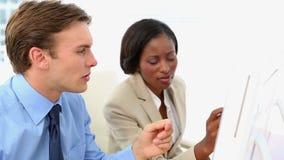 przedsiębiorcy pracują razem zbiory