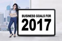 Przedsiębiorców stojaki z biznesowymi celami 2017 Obraz Royalty Free