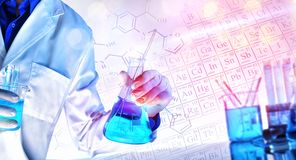 Przedstawicielstwo uczy pojęcie z światłami chemiczne nauki obraz royalty free