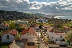 Przegapiający Balkan miejscowość wypoczynkową - Balchik w Bułgaria Wakacje zdjęcia stock