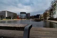 Przegląd miejscowego park od ławki zdjęcie royalty free