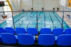 Przegląda platforma w basenie obraz royalty free