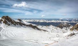 Przegląd Austriacki ośrodek narciarski w Alps Zdjęcia Royalty Free